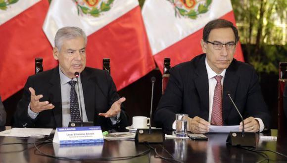 La norma que lleva la firma del presidente Martín Vizcarra y del primer ministro César Villanueva detalla los mecanismos e instrumentos que promueven la integridad pública. (Foto: PCM)