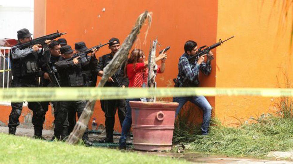 En México las corporaciones policíacas utilizan armas estadounidenses. Foto: AFP