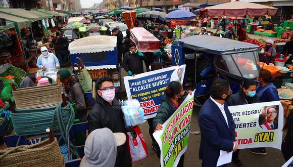 Comerciantes de La Parada realizaron manifestación pidiendo ser reubicados. (Foto: HugoCurotto/@photo.gec)