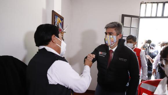 Ayacucho: el ministro Neyra destacó la labor que cumplen los trabajadores de la cultura en plena pandemia. (Foto: Ministerio de Cultura)