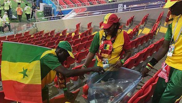 Facebook: Hinchada de Senegal limpia estadio tras victoria [VIDEOS] (Foto: Captura)