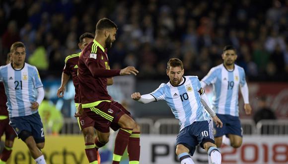 Argentina vs. Venezuela EN VIVO ONLINE: se miden este martes (6:30 p.m.) en el Estadio Monumental de Buenos Aires por la antepenúltima fecha de Eliminatorias Rusia 2018. (Foto: AFP)
