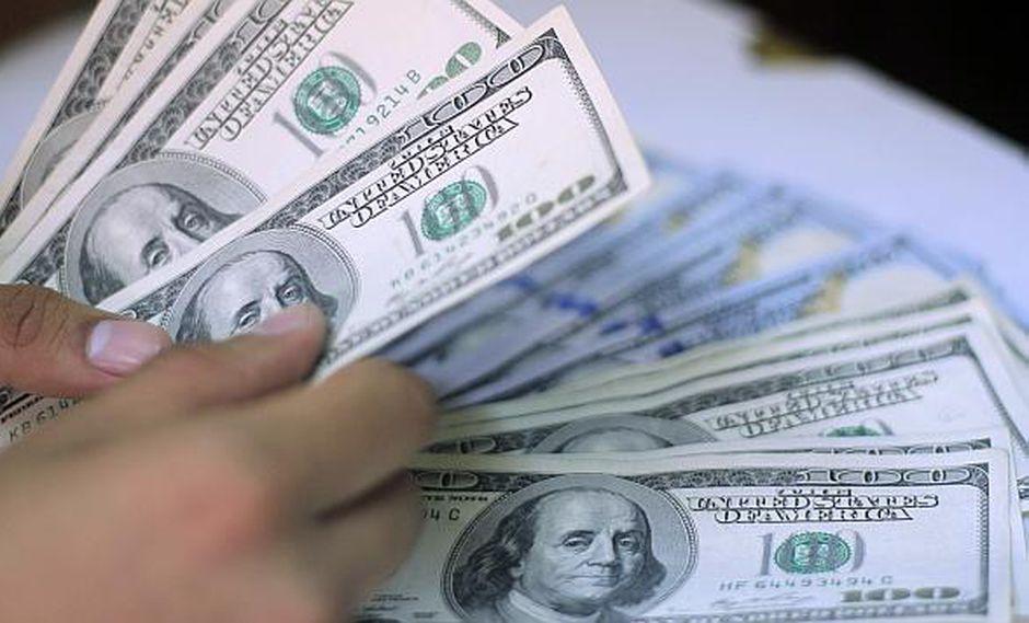 El valor del dólar interbancario registraba una subida de 1.32% en Argentina este jueves. (Foto: GEC)