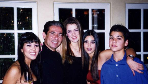 Robert Kardashian junto a sus hijos Kourtney, Kim, Khloé y Rob Kardashian. (Foto : Instagram)