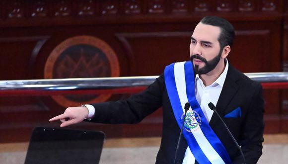 El presidente de El Salvador, Nayib Bukele, pronuncia su discurso anual a la nación marcando su segundo año en el cargo. (Foto de MARVIN RECINOS / AFP).