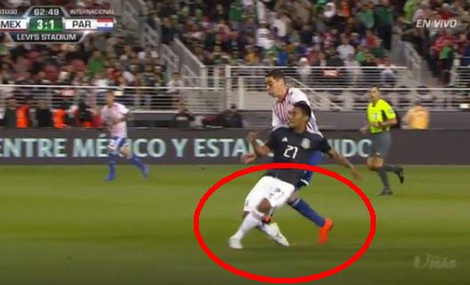 México vs. Paraguay EN VIVO: Almirón fue expulsado por esta brutal falta sobre Vázquez | VIDEO. (Video: YouTube/Foto: Captura de pantalla)