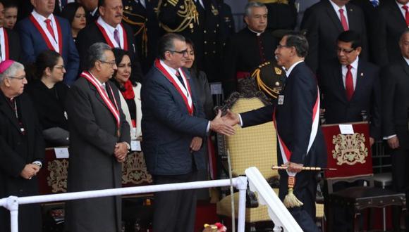 Martín Vizcarra y Pedro Olaechea ya han coincidido en evento protocolares de estado. (Foto: Rolly Reyna)