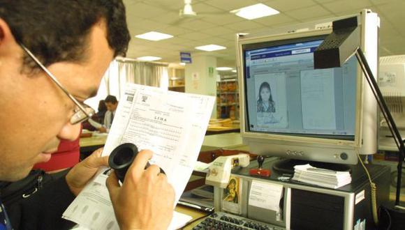 ONPE: 286 beneficiarios del SIS aportaron a campaña electoral