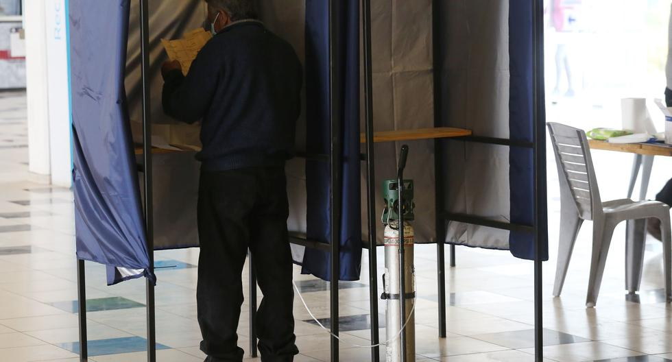 Voters' hope and fear in the face of constitutional change in Chile