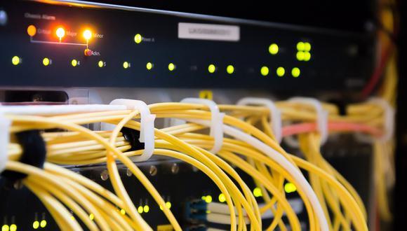 ¿Cómo proteger tus equipos tecnológicos de cortes de luz? Aquí te lo contamos. (Imagen: Pixabay)