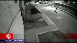 Puente Piedra: Hombre ataca a su pareja con un palo en plena vía pública