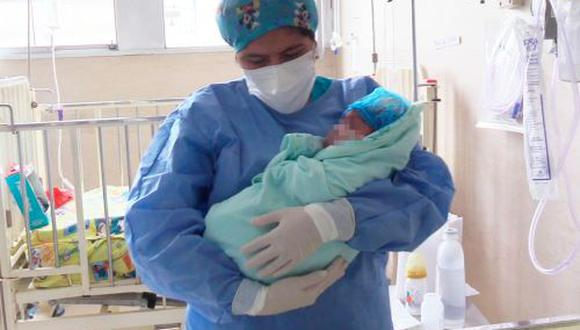 Médicos del INSN le salvaron la vida a un bebé al operarle con éxito una compleja enfermedad que tenía en el cerebro (Foto: INSN)