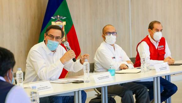 El presidente Vizcarra y el ministro de Salud ya habían advertido que esta semana sería la más dura. Ello significa que el sistema de salud está llegando al tope de su capacidad. (Foto: Presidencia)