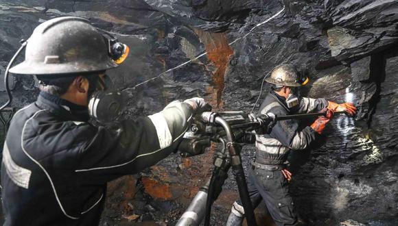 La pandemia del COVID-19 ha silenciado la publicación del informe final de la comisión de alto nivel para la reforma minera.