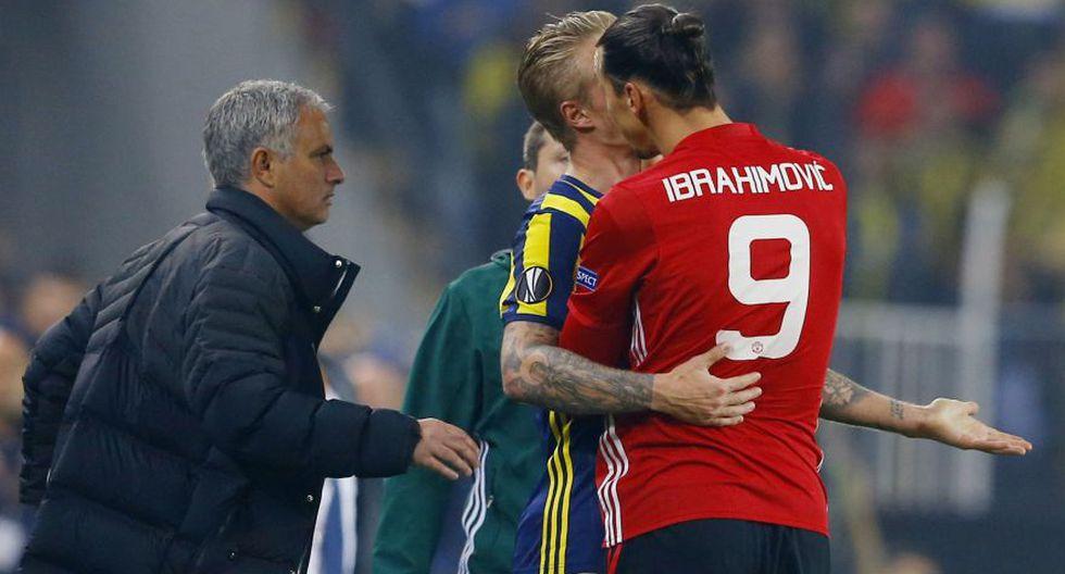 Ibrahimovic se enojó con rival y lo tomó así del cuello [FOTOS] - 6