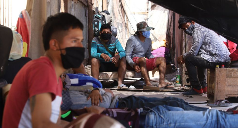 El gobierno se había resistido a la repatriación de estos ciudadanos bajo el argumento de que con el cierre total de fronteras, por la emergencia del coronavirus, protegía a los 11,5 millones de bolivianos de potenciales contagios. (Ignacio MUNOZ / AFP)