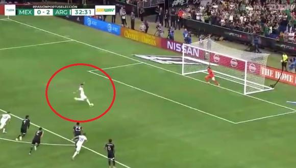 Argentina vs. México: Leandro Paredes convirtió el 3-0 desde el punto penal | Foto: Captura