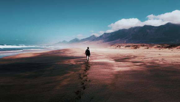 Un anciano se salvó de morir tras aventurarse por el desierto sin contar con el equipamiento adecuado. (Foto: Pixabay/Referencial)