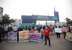 """Comerciantes del Gran Mercado Mayorista de Lima protestan por presuntos cobros """"excesivos"""" de alquileres   FOTOS"""