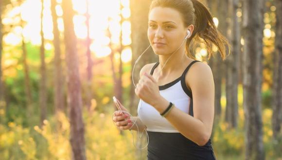 De los 15 a los 29 años, se pueden realizar variadas actividades cardiovasculares para que el cuerpo tenga un mayor fortalecimiento muscular y quema de grasas. (Foto: Pixabay)