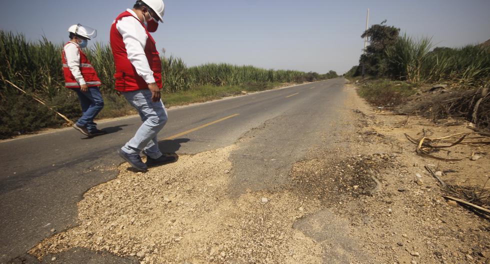Así está este camino vecinal en La Libertad, una obra de Reconstrucción con Cambios que el municipio de Ascope recepcionó hace apenas un año y medio. Costó S/ 3.6 millones.   (Óscar Paz Campuzano/El Comercio)