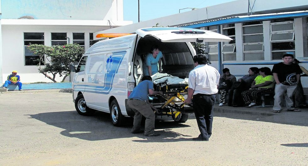 Debido a la gravedad de sus heridas, el agente fue derivado del centro de salud de Bernal al hospital Cayetano Heredia.