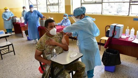 Más de 4 mil militares fueron vacunados con dosis de Pfizer contra el COVID-19 en Piura y Lambayeque | Foto: Minsa