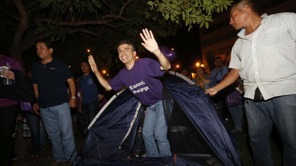 Julio Guzmán y las dos vigilias que terminaron en incertidumbre - 8