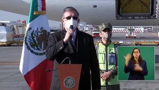México recibe su primer lote de vacunas Pfizer contra la COVID-19