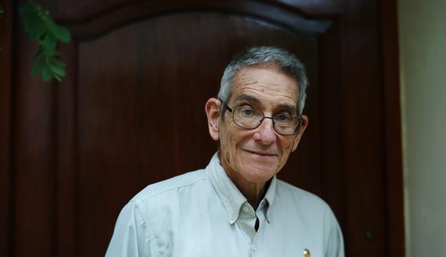 """Mentes Peruanas - EP. 45: Humberto Guerra sobre el COVID-19: """"vamos a tener que seguir recibiendo vacunas""""   PODCAST"""