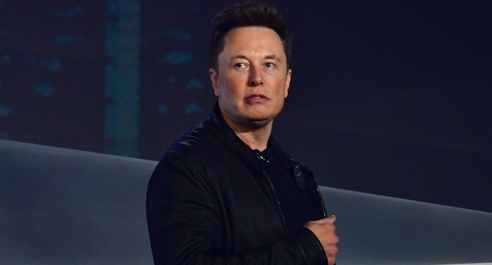 El jefe del fabricante de vehículos eléctricos Tesla, Elon Musk, es visto en una presentación en Hawthorne, California. Imagen de archivo del 21 de noviembre de 2019. (Photo by Frederic J. BROWN / AFP)