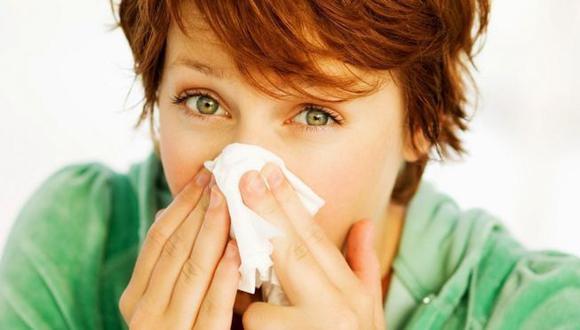 Hay temores por una temporada de gripe estacional coincidente con una segunda ola de COVID-19. (GETTY IMAGES)