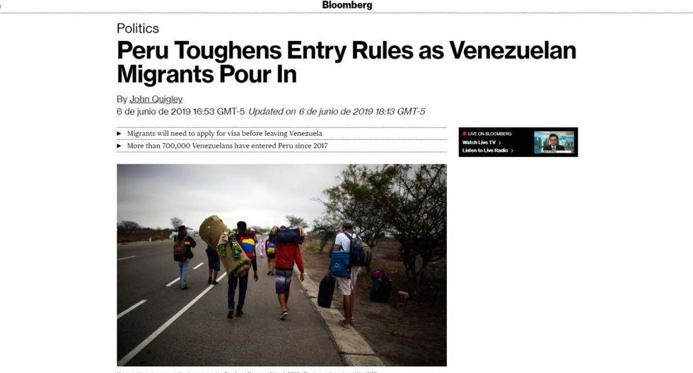 """La agencia """"Bloomberg"""" ofrece la noticia como: """"Peru toughens entry rules as venezuelan migrants pour in"""" (Perú endurece las reglas de entrada a inmigrantes venezolanos que ingresan)."""