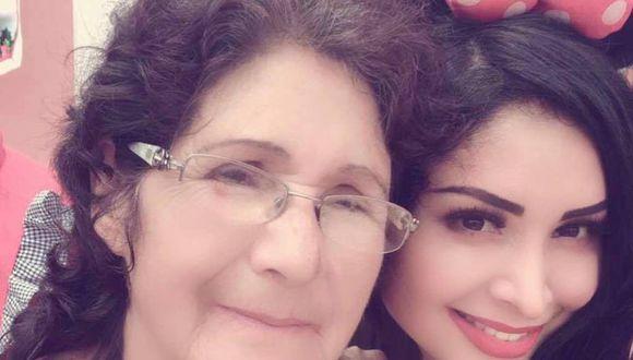 Pamela Franco junto a su madre en publicación de Instagram. (Foto: @pamela_francov1)