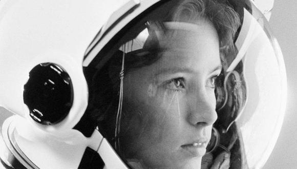 En 1984, y solo un par de semanas después de haber tenido a su primer hijo, Anna Lee Fisher se convirtió en la primera mujer en viajar al espacio siendo madre. (Foto: NASA)