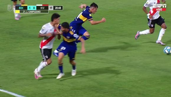 Solo sacó amarilla: mira el codazo alevoso de Campuzano a Carrascal en el Superclásico argentino