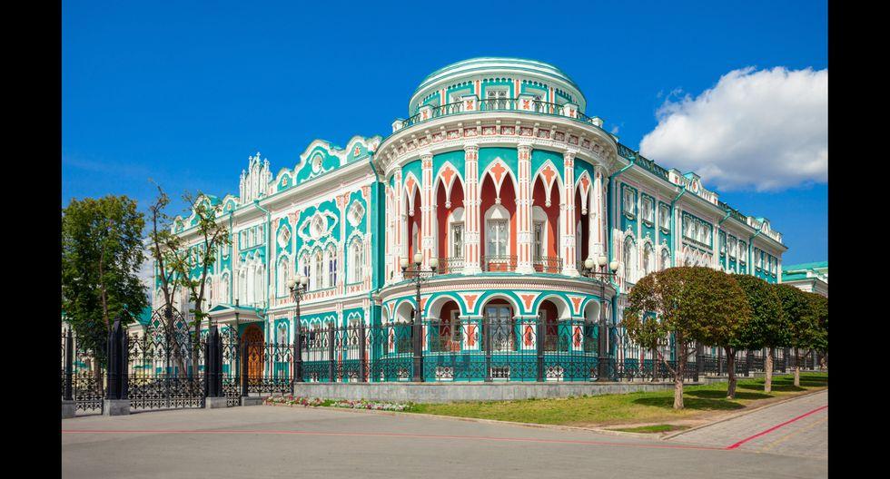 En la casa Sevastyanov, la más elegante de Ekaterimburgo, se realizan reuniones y cumbres internacionales.  Foto: Shutterstock