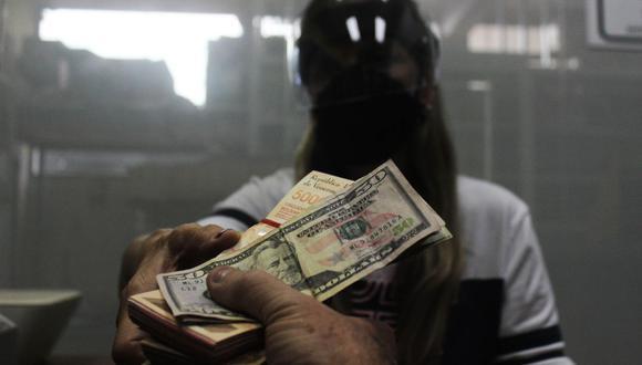 Sepa aquí a cuánto se cotiza el dólar en Venezuela este 20 de noviembre de 2020. (Foto: EFE)
