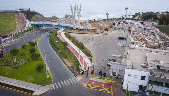 Imágenes desde el dron del Puente de la Amistad y el mercado de San Isidro entre los distritos de San Isidro y Miraflores: Daniel Apuy / GEC
