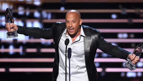 Vin Diesel se emocionó y cantó en homenaje a Paul Walker