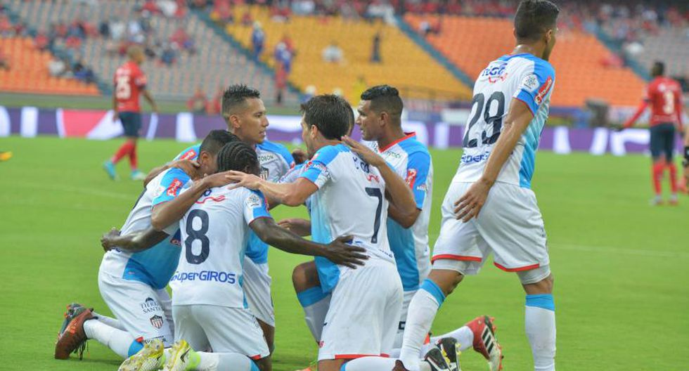 A pesar de que Junior perdió 3-1 en Medellín ante DIM, salió campeón del fútbol colombiano gracias al abultado score del cotejo de ida celebrado en Barranquilla. (Foto: AFP)