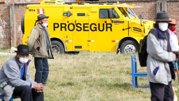 Se recuerda que durante las modalidas de 'carritos pagadores' la Policía Nacional del Perú y las Fuerzas Armadas brindarán seguridad para los beneficiarios. (Archivo / Ministerio de Desarrollo en Inclusión Social)