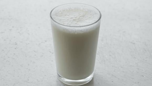 Si no planeas utilizar la leche antes de su fecha de caducidad, puedes congelarla. (Foto: Pexels)