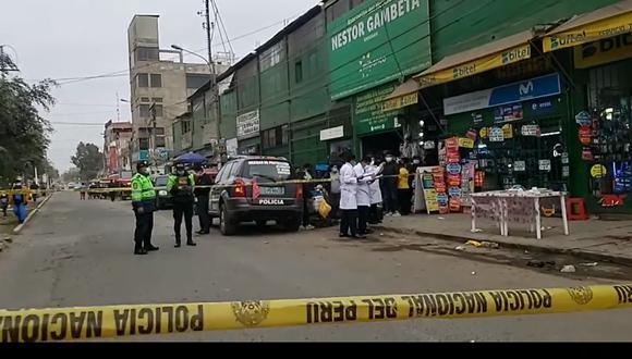 Peritos de criminalística cercaron la zona del ataque a balazos en el Callao. (Foto: PNP)