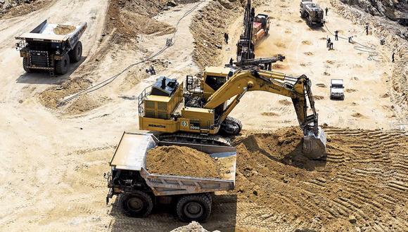 El BCR espera que la inversión minera, tras una retracción de al menos 22% en el 2020, crecería 9% el próximo año y alrededor de 3,5%. (Foto: AFP / XAVIER GALIANA)