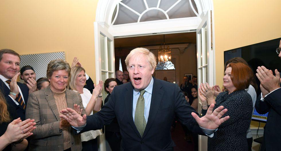 Boris Johnson se confirma así en la jefatura del Gobierno, después de asumir el cargo por primera vez el pasado 24 de julio, sin pasar por las urnas, en sustitución de su colega dimisionaria Theresa May. Foto: Reuters