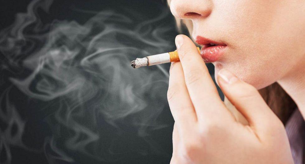 No fumar. El consumo de cigarrillos no solo es un riesgo para desarrollar cáncer de mama sino otro tipo de neoplasias, como el cáncer al pulmón, la primera causa de muerte por cáncer en el mundo. (Foto: Shutterstock)