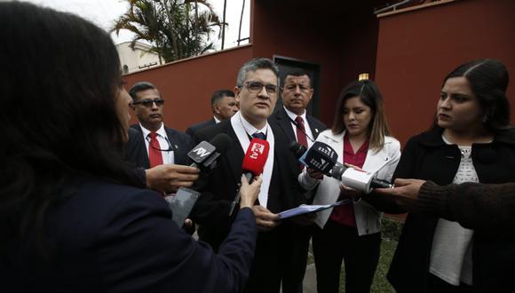 El fiscal José Domingo Pérez participó en los allanamientos de las propiedades como parte de la investigación contra PPK. (Foto: GEC)