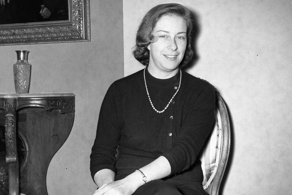 Chabuca Granda sonriendo, año 1960. (GEC Archivo Histórico)