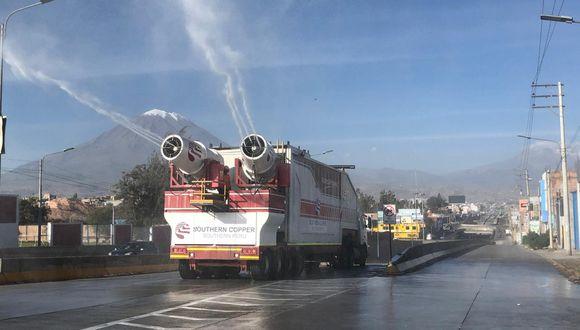Dos Vehículos nebulizadores desinfectarán 14 distritos de Arequipa. (Foto: Cortesía Southern)